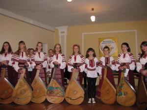 ансамбль учнів Хмільницької школи мистецтв