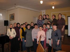 викладачі-бандуристи з колегами та учнями Хмільницької школи мистецтв